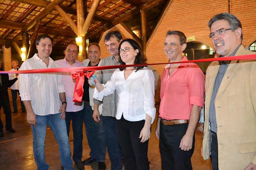 Abertura da 1ª Mostra de Arquitetura da AEASC em São Carlos/SP.