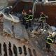 São Paulo - Bombeiros procuram mulher soterrada nos escombros de igreja da Assembleia de Deus que desabou na tarde de ontem (dia 15) em Diadema, no ABC Paulista (Rovena Rosa/Agência Brasil)
