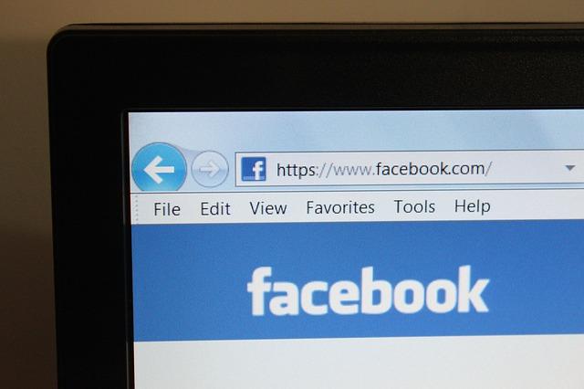 FacebookTelaComputadorPixabay(2)